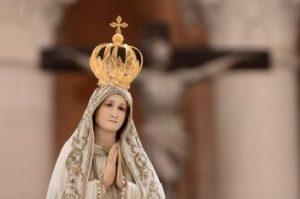 PAPIEŻ POŚWIĘCI ŚWIAT NIEPOKALANEMU SERCU MARYI